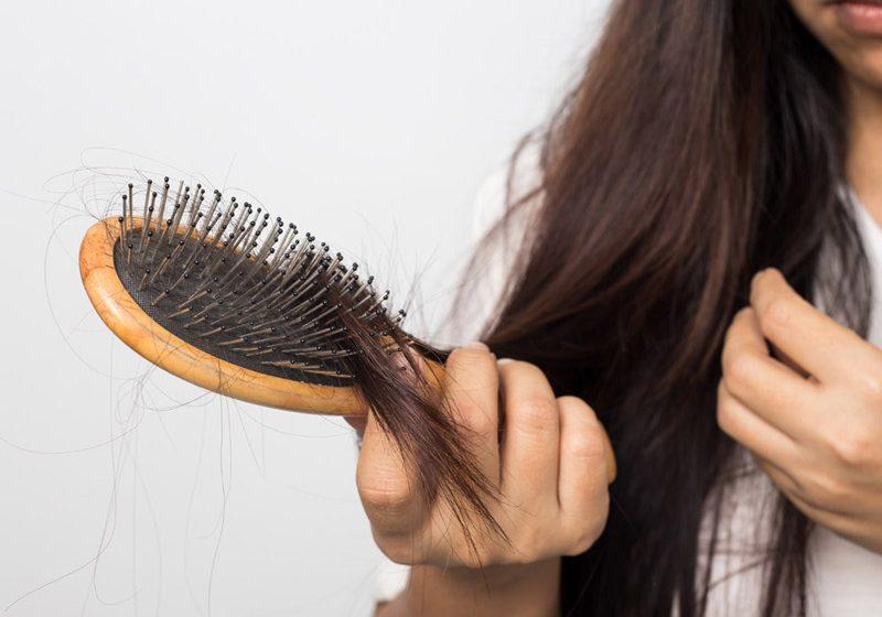 اصلیترین دلایل ریزش موی شدید چیست؟ آیا راه درمانی دارد؟