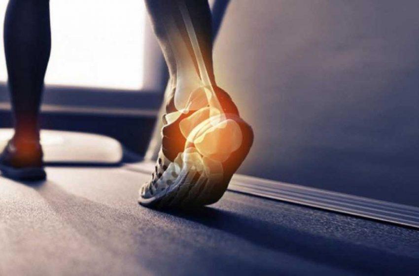 درد پاشنه پا ناشی از چه عواملی است؟ درمان درد پاشنه پا